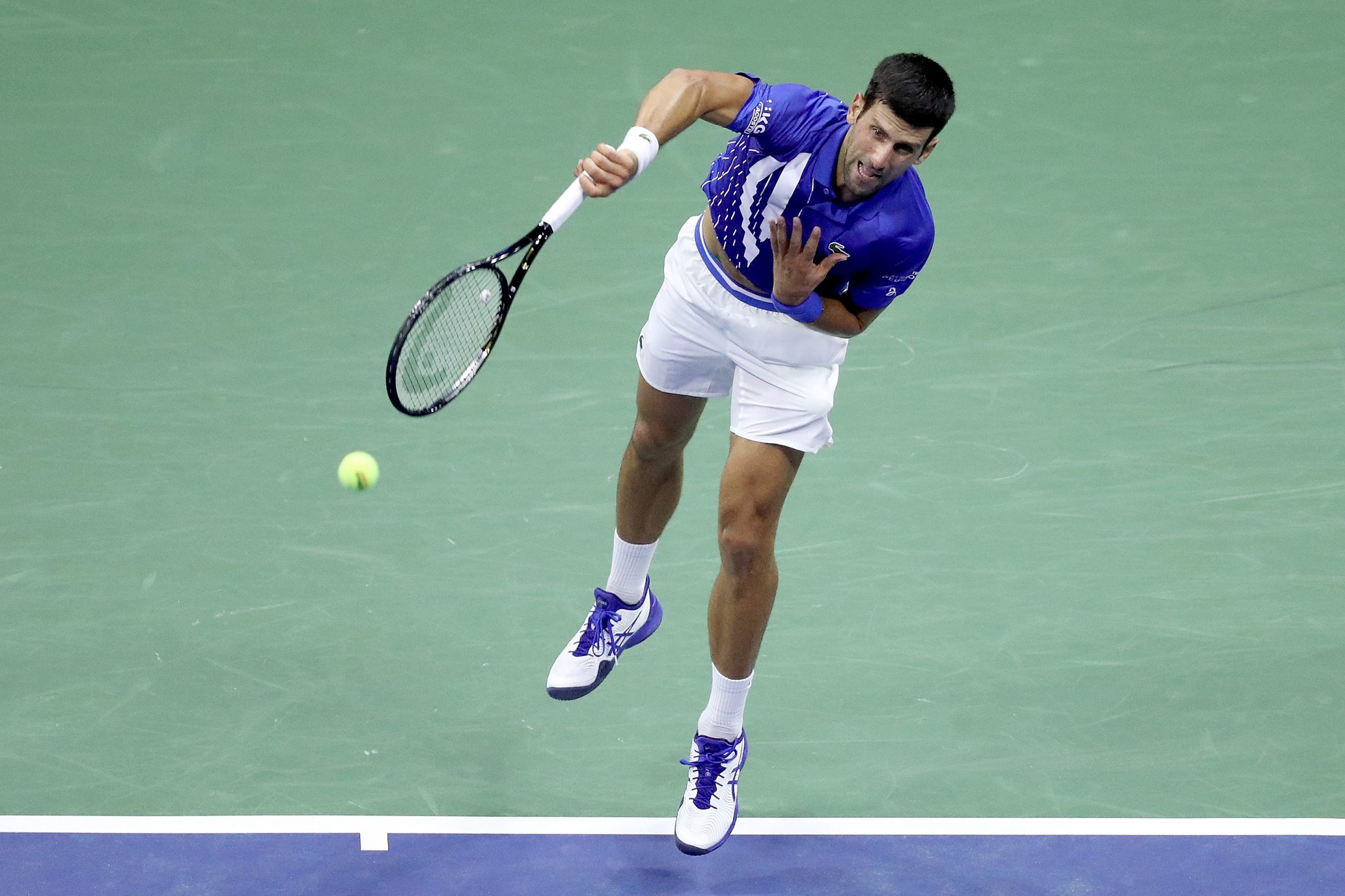 Watch Djokovic Disqualified From Us Open After Hitting Official With Ball Sportsdesk